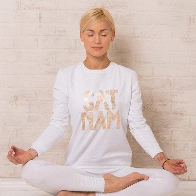 Camisas de la yoga Race